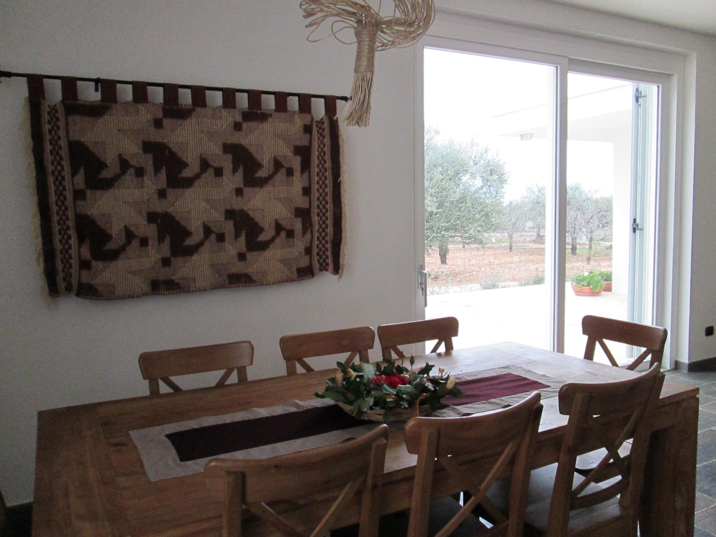 il salone tavolo di legno